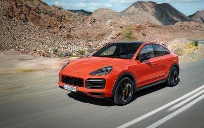 Компания Porsche представила новый кроссовер Cayenne Coupe